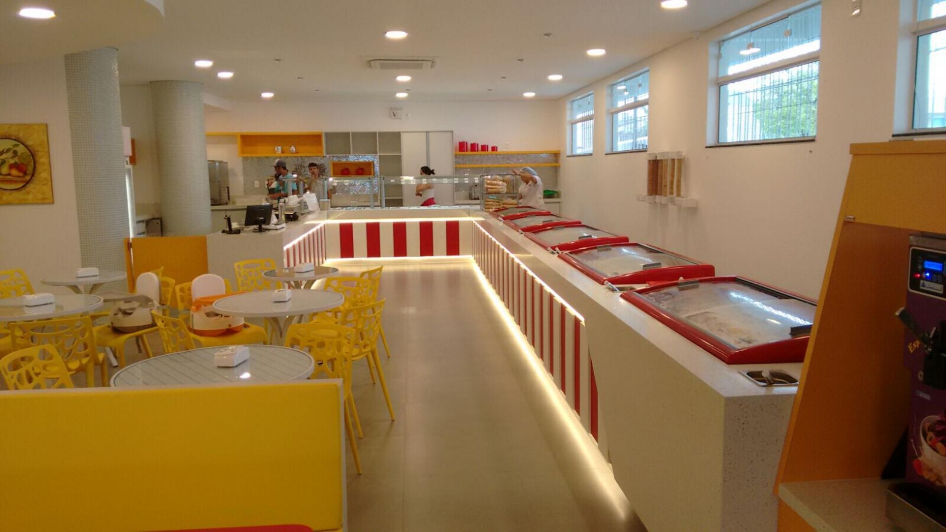 Buffet de sorvete. Projetos para sorveterias.